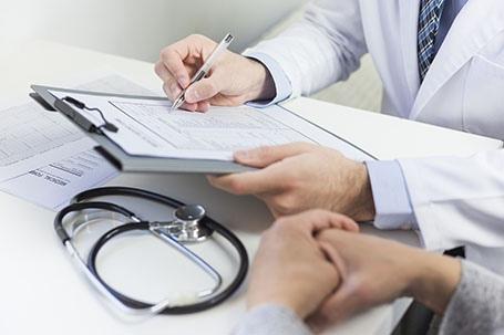 La autonomía del Paciente y de Derechos y Obligaciones en Materia de información y Documentación Clínica en el Servicio Andaluz de Salud