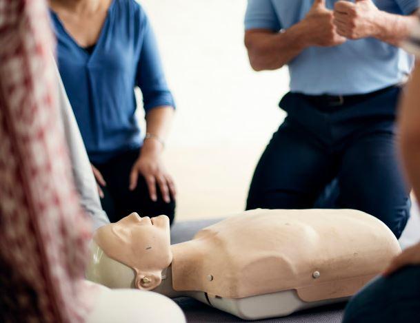 Conocimientos básicos ante las principales situaciones de primeros auxilios para el celador